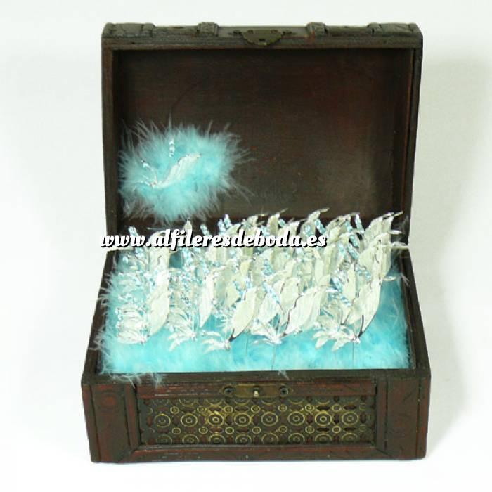 Galería de alfileres de novia originales. Fotos de preparados alfiler libelula azul en cofre grande